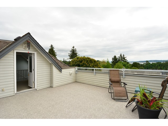 "Photo 13: 952 STEVENS Street: White Rock House for sale in ""White Rock Hillside"" (South Surrey White Rock)  : MLS® # F1440900"