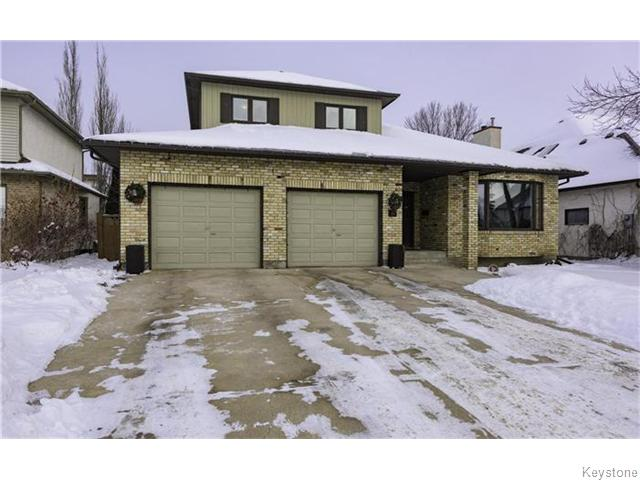 Main Photo: 15 Waterbury Drive in WINNIPEG: River Heights / Tuxedo / Linden Woods Residential for sale (South Winnipeg)  : MLS® # 1600529