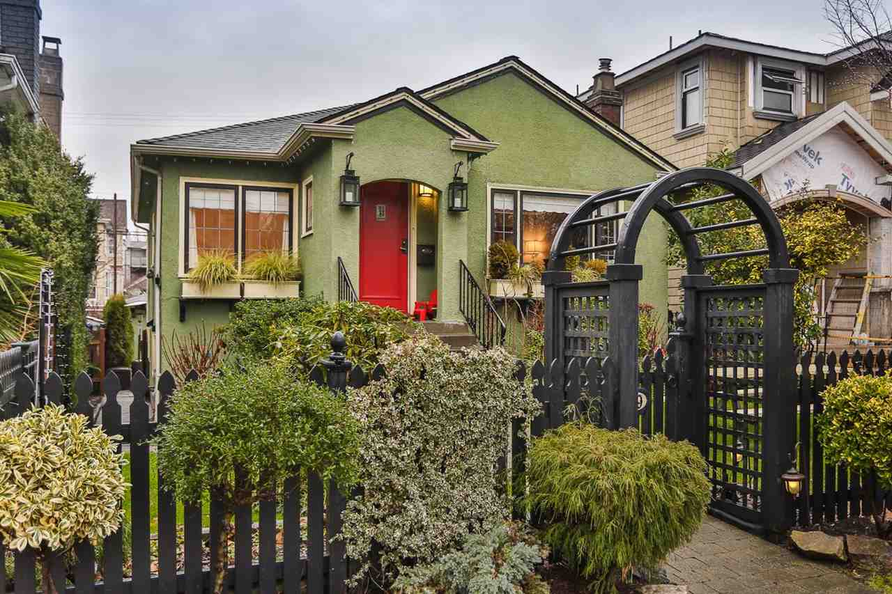 FEATURED LISTING: 829 17TH Avenue West Vancouver