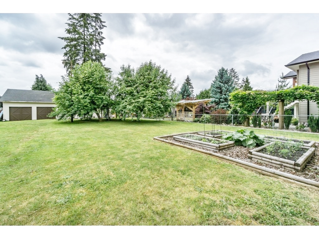 "Photo 31: 638 THOMPSON Avenue in Coquitlam: Coquitlam West House for sale in ""Burquitlam"" : MLS(r) # R2071441"