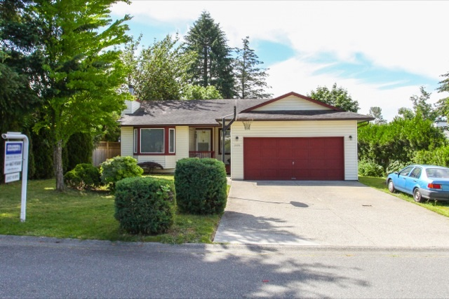 Main Photo: 20392 115 Avenue in Maple Ridge: Southwest Maple Ridge House for sale : MLS(r) # R2078093