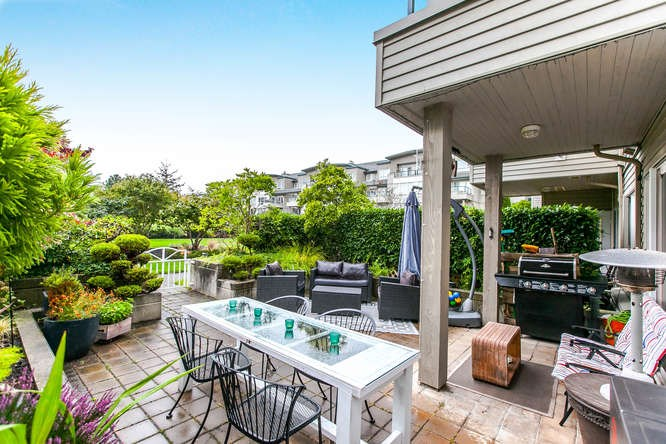 "Main Photo: 124 5800 ANDREWS Road in Richmond: Steveston South Condo for sale in ""THE VILLAS"" : MLS® # R2105012"