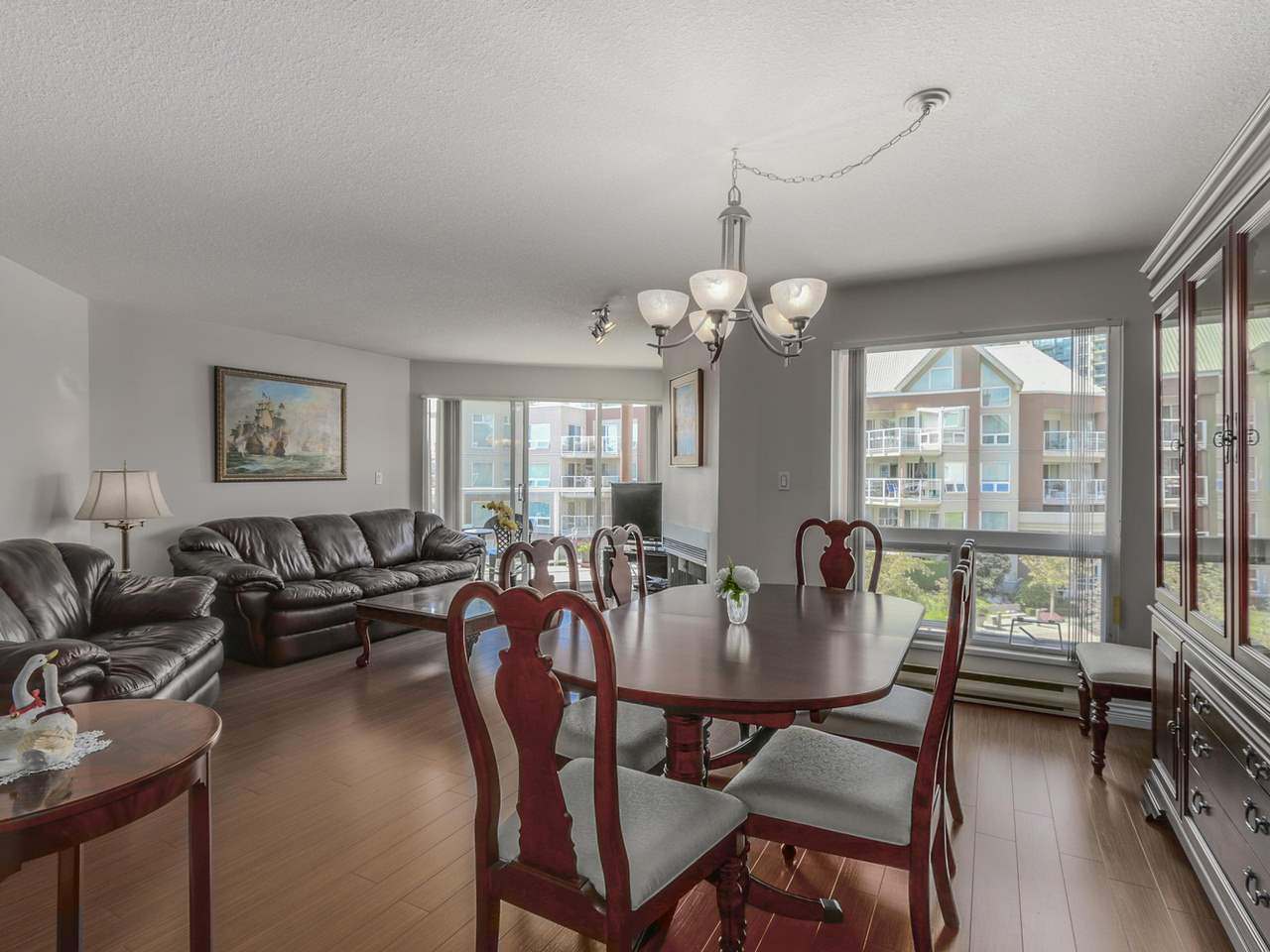 "Photo 9: 308A 1220 QUAYSIDE Drive in New Westminster: Quay Condo for sale in ""TIFFANY SHORES"" : MLS® # R2106007"