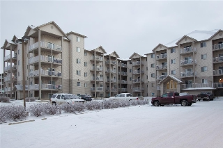 Main Photo: 131 7511 171 Street NW in Edmonton: Zone 20 Condo for sale : MLS(r) # E4046818