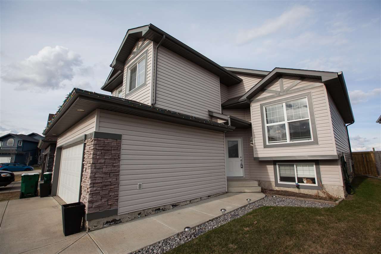 Photo 3: 8107 94 Street: Morinville House for sale : MLS(r) # E4061892