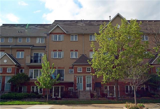 Main Photo: 104 1400 N The Esplanade in Pickering: Town Centre Condo for sale : MLS® # E3811171