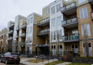 Main Photo: 132 10531 117 Street in Edmonton: Zone 08 Condo for sale : MLS(r) # E4065592