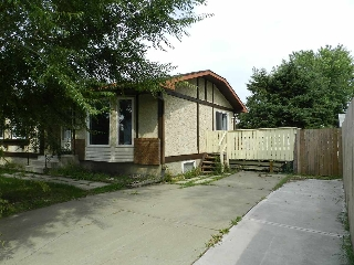 Main Photo: 13835 35 Street in Edmonton: Zone 35 House for sale : MLS® # E4067091