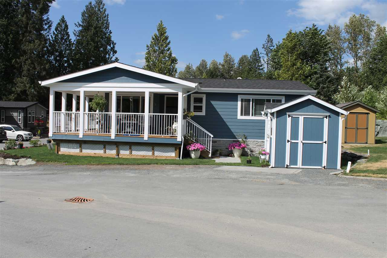 "Photo 2: 7 53480 BRIDAL FALLS Road in Rosedale: Rosedale Popkum Manufactured Home for sale in ""Bridal Falls RV Resort"" : MLS® # R2176132"