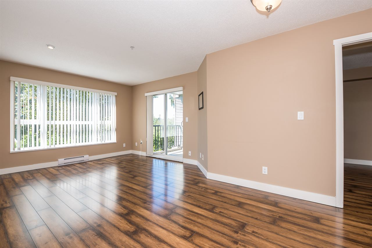 "Photo 8: 207 15265 17A Avenue in Surrey: King George Corridor Condo for sale in ""Brandy Terrace"" (South Surrey White Rock)  : MLS(r) # R2178367"