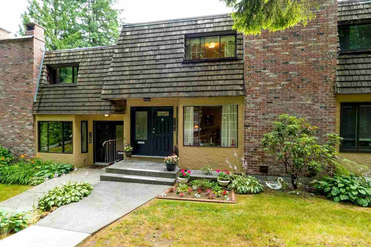 Main Photo: 1184 DEEP COVE Road in North Vancouver: Deep Cove Townhouse for sale : MLS®# R2186876