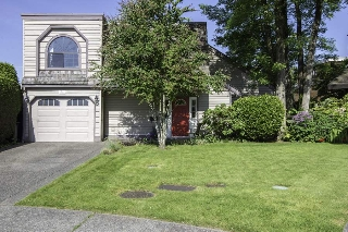 Main Photo: 10111 HOLLYMOUNT Drive in Richmond: Steveston North House for sale : MLS(r) # R2189833