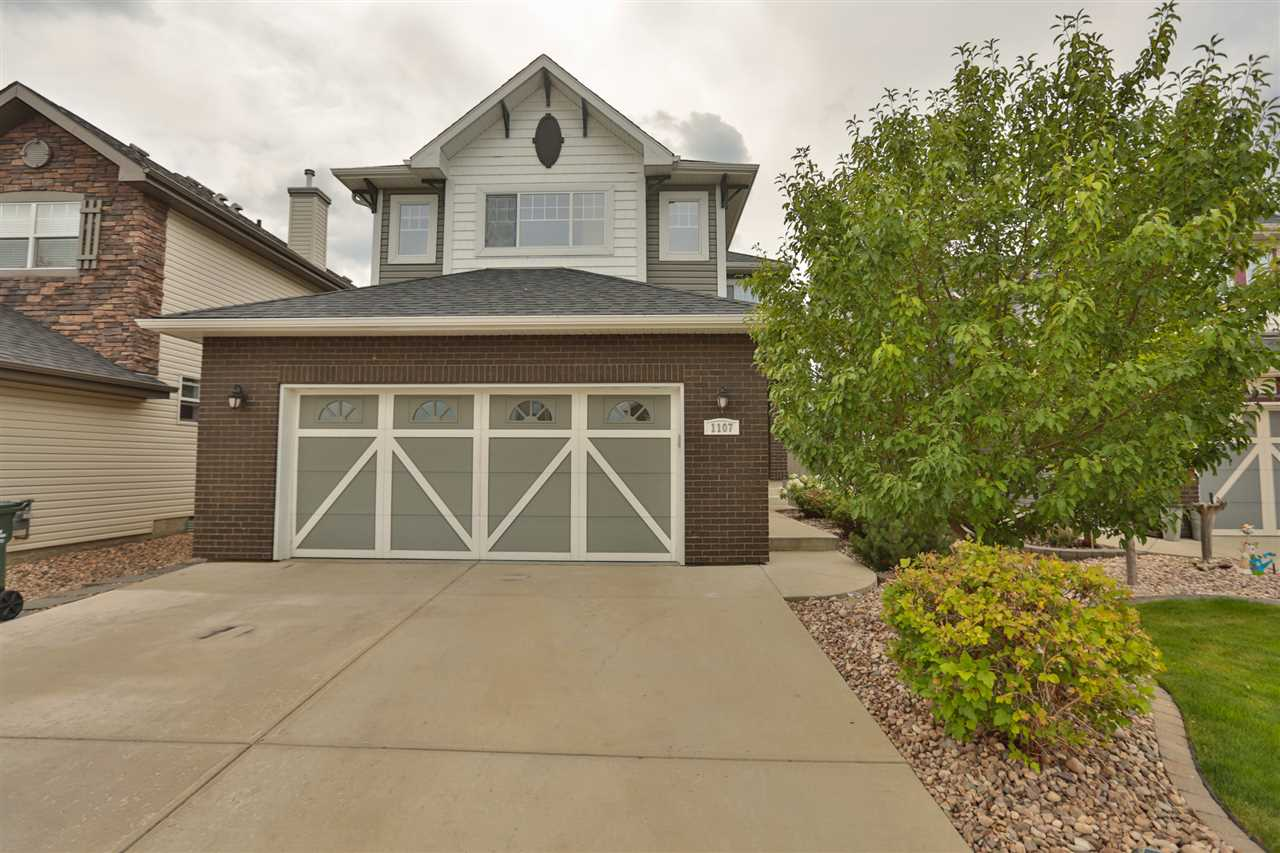 Main Photo: 1107 APPLETON Crest: Sherwood Park House for sale : MLS® # E4077449
