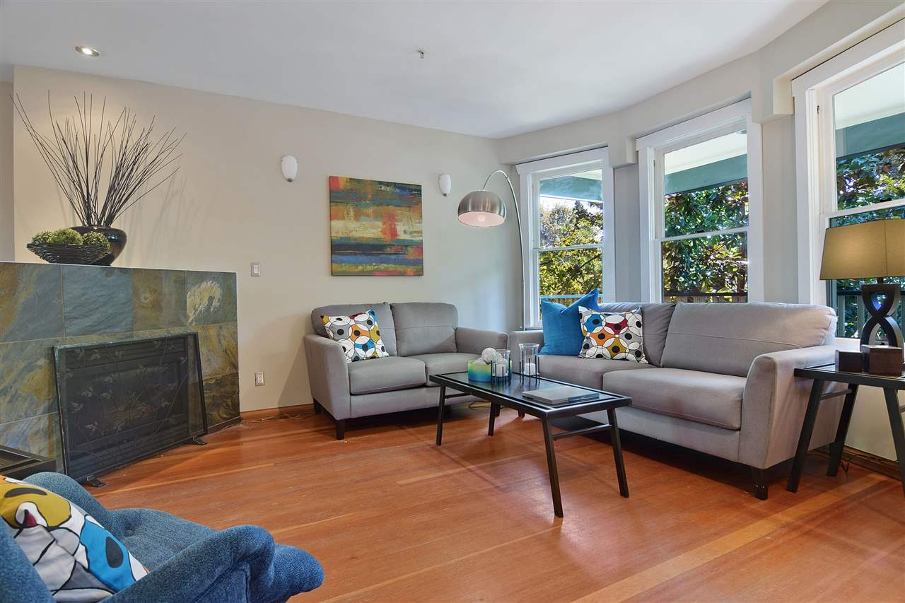 Main Photo: 2025 W 5TH AVENUE in Vancouver: Kitsilano House 1/2 Duplex for sale (Vancouver West)  : MLS® # R2212905