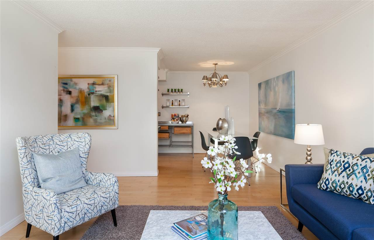 "Main Photo: 124 4373 HALIFAX Street in Burnaby: Brentwood Park Condo for sale in ""BRENT GARDENS"" (Burnaby North)  : MLS® # R2219033"