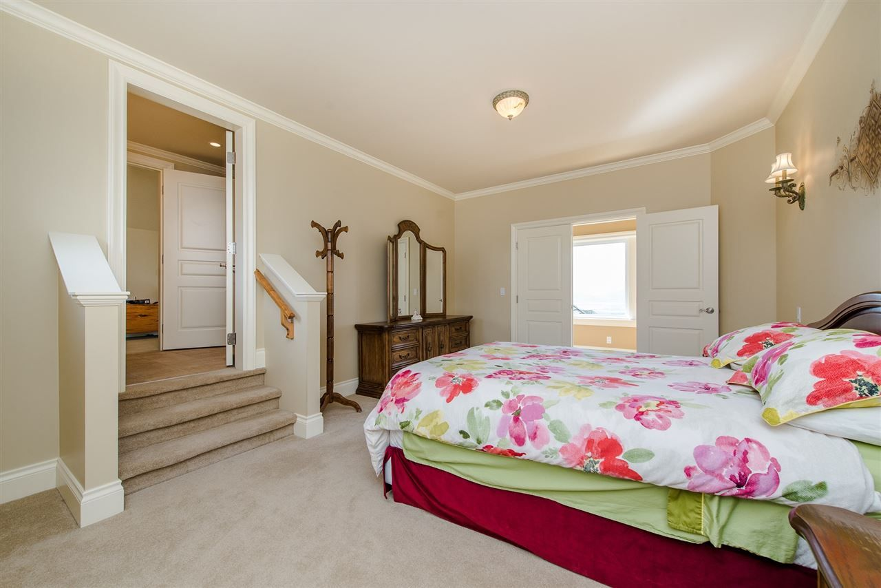 "Photo 11: Photos: 35460 JEWEL Court in Abbotsford: Abbotsford East House for sale in ""Eagle Mountain"" : MLS® # R2219266"