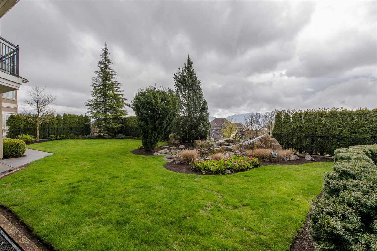 "Photo 19: Photos: 35460 JEWEL Court in Abbotsford: Abbotsford East House for sale in ""Eagle Mountain"" : MLS® # R2219266"