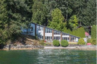 Main Photo: 5606 INDIAN RIVER Drive in North Vancouver: Woodlands-Sunshine-Cascade House for sale : MLS®# R2241540