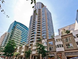 "Main Photo: 903 1166 MELVILLE Street in Vancouver: Coal Harbour Condo for sale in ""ORCA PLACE"" (Vancouver West)  : MLS®# R2251258"