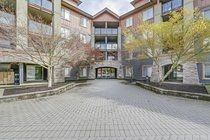 "Main Photo: 3208 240 SHERBROOKE Street in New Westminster: Sapperton Condo for sale in ""COPPERSTONE"" : MLS®# R2260474"