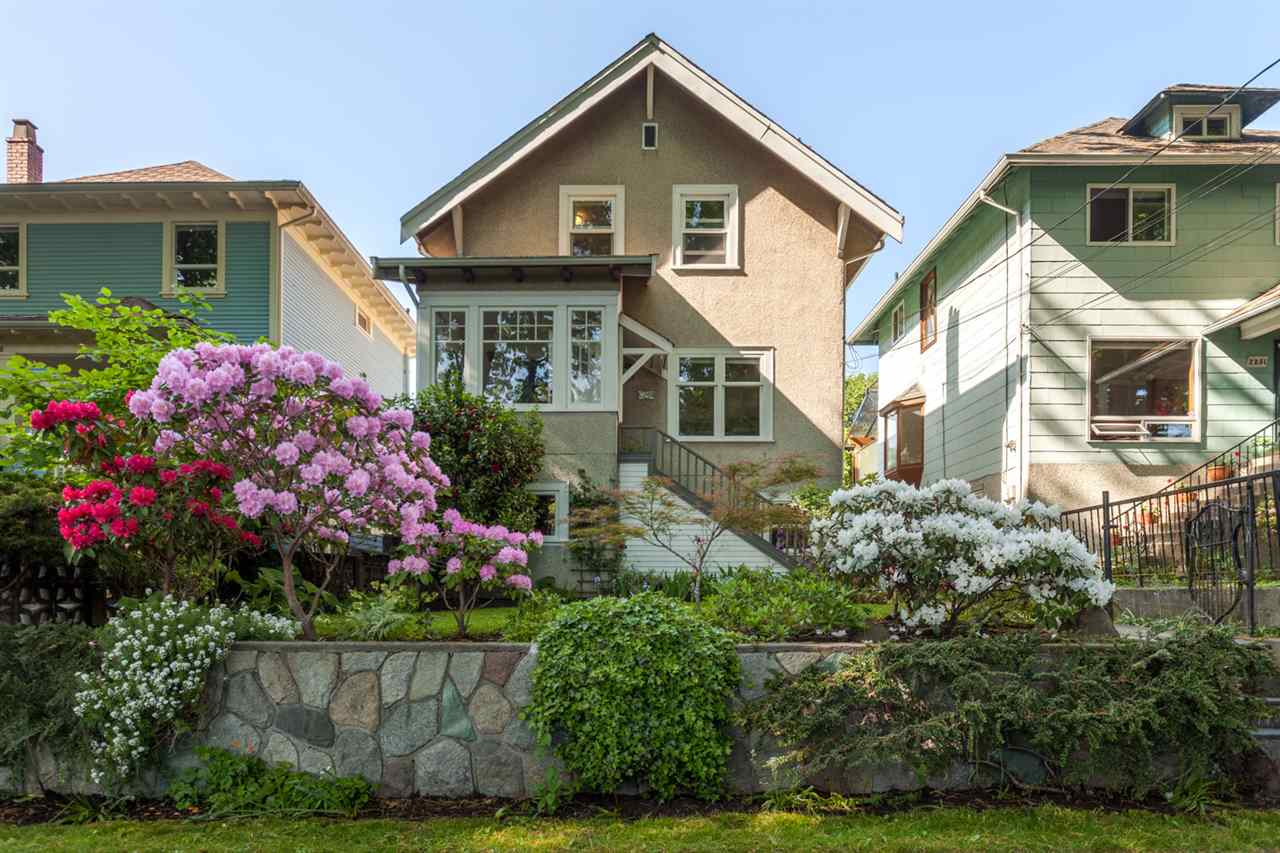 "Main Photo: 2245 E 7TH Avenue in Vancouver: Grandview VE House for sale in ""COMMERCIAL DRIVE"" (Vancouver East)  : MLS®# R2281227"