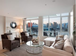 "Main Photo: 801 138 ATHLETES Way in Vancouver: False Creek Condo for sale in ""Shoreline"" (Vancouver West)  : MLS®# R2304248"