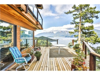 Main Photo: 719 CHANNELVIEW Drive: Bowen Island House for sale : MLS® # V952248