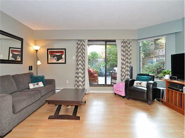 "Photo 2: 106 2355 TRINITY Street in Vancouver: Hastings Condo for sale in ""TRINITY APARTMENTS"" (Vancouver East)  : MLS(r) # V1032517"