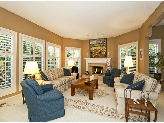 Photo 3: 12641 OCEAN CLIFF Drive in Surrey: Crescent Bch Ocean Pk. House for sale (South Surrey White Rock)  : MLS® # F1411240