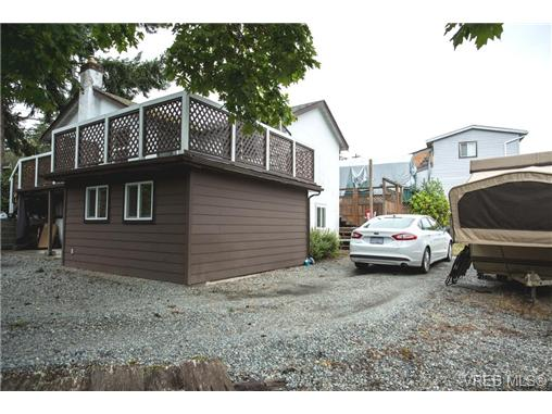 Photo 18: 324 Island Highway in VICTORIA: VR View Royal Single Family Detached for sale (View Royal)  : MLS® # 360203