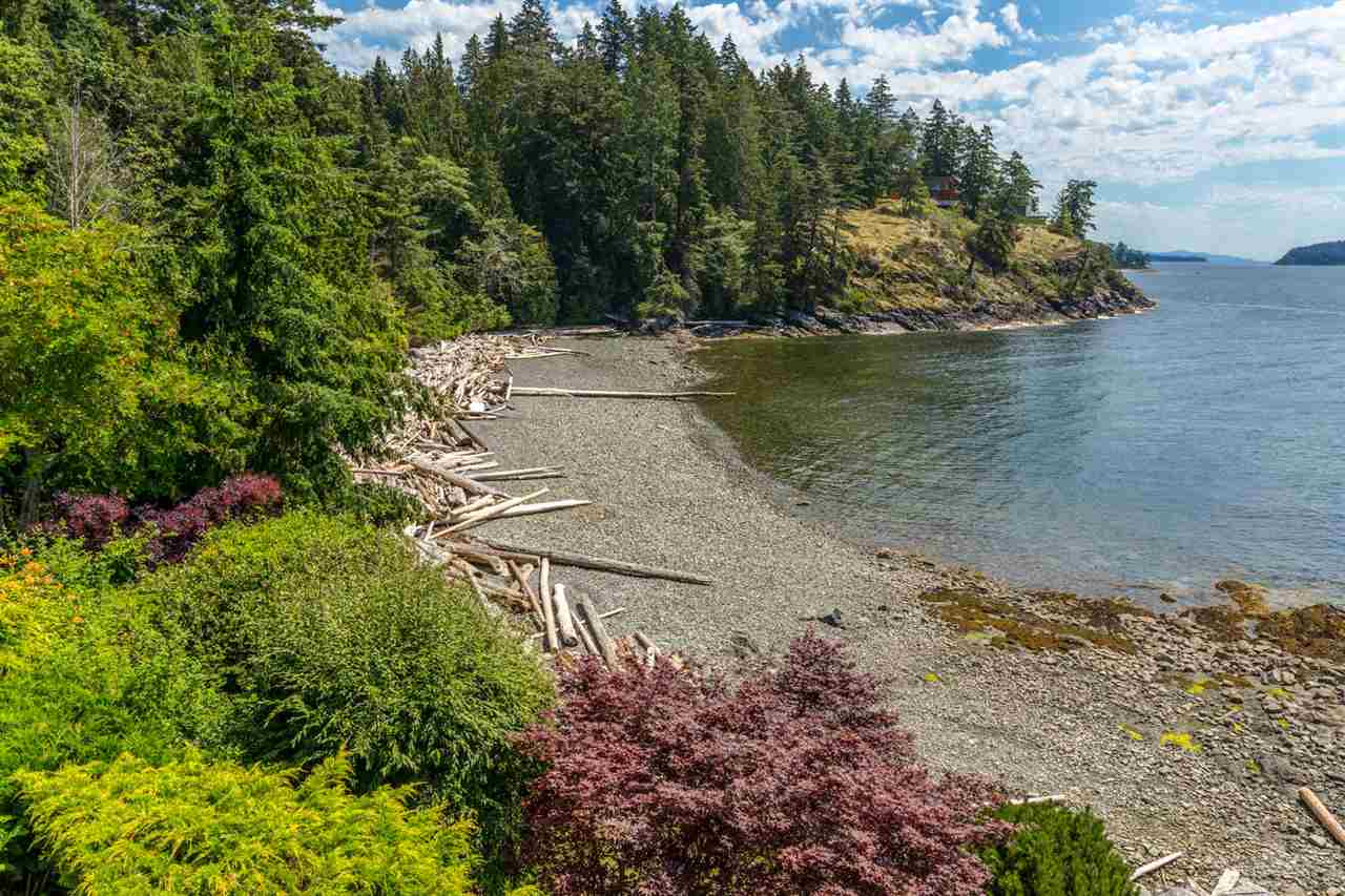 "Photo 4: Photos: 5504 HILL Road in Sechelt: Sechelt District House for sale in ""CALETA ESTATES"" (Sunshine Coast)  : MLS® # R2085273"