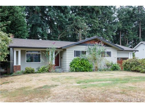 Main Photo: 655 Fairway Avenue in VICTORIA: La Fairway Single Family Detached for sale (Langford)  : MLS® # 367646