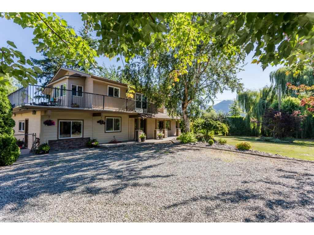 "Main Photo: 38237 OLD YALE Road in Abbotsford: Sumas Prairie House for sale in ""Arnold"" : MLS(r) # R2094273"