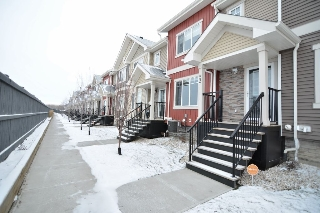 Main Photo: 53 675 ALBANY Way in Edmonton: Zone 27 Townhouse for sale : MLS(r) # E4045951