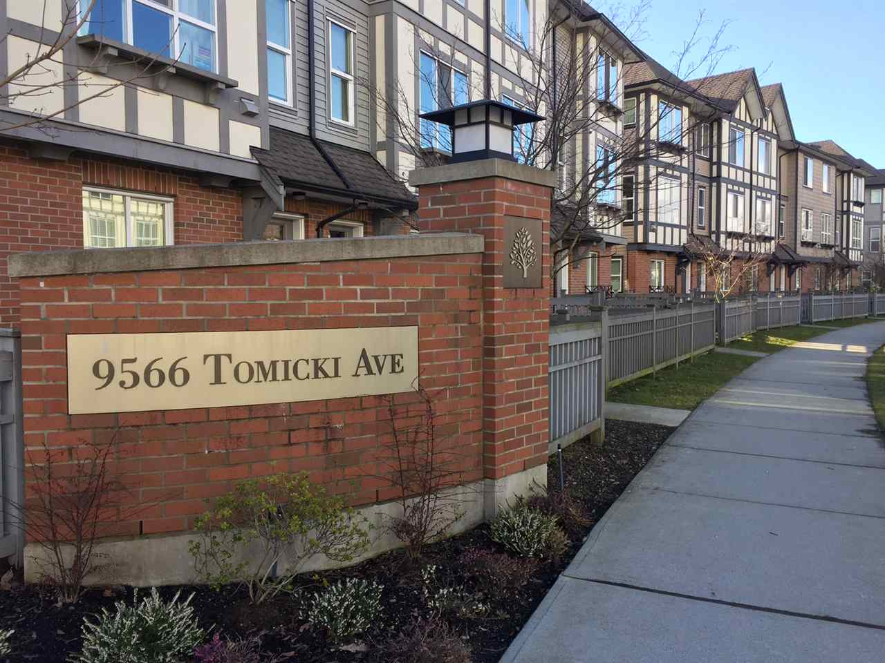 "Main Photo: 31 9566 TOMICKI Avenue in Richmond: West Cambie Townhouse for sale in ""WISHING TREE"" : MLS®# R2140405"