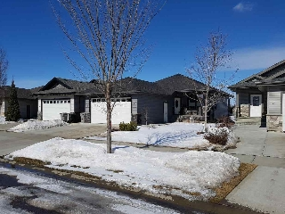 Main Photo: 63 WILLOWBROOK Point: Stony Plain House for sale : MLS(r) # E4055868