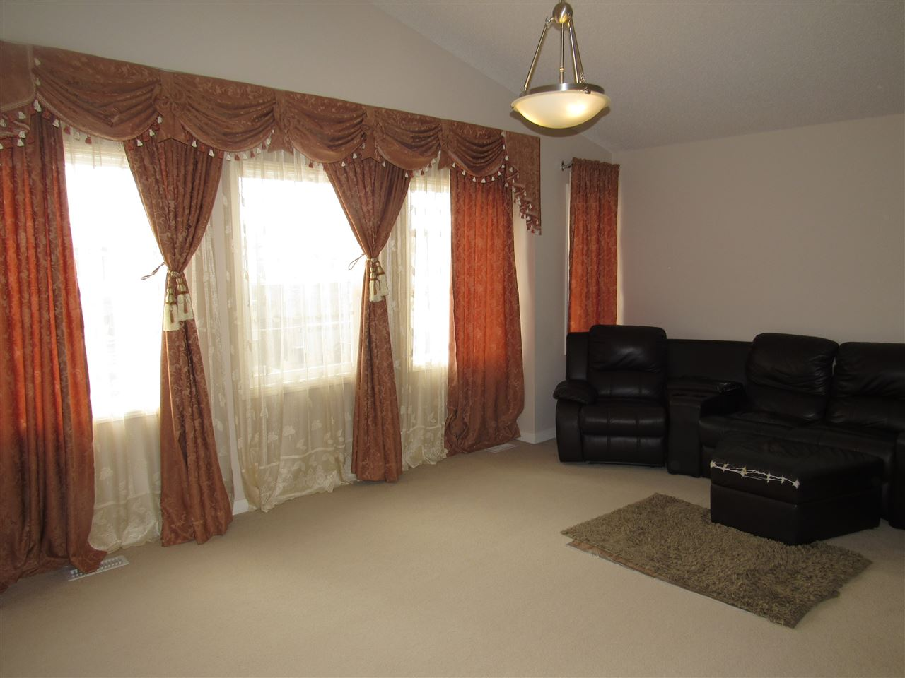 Photo 15: 7904 173 Avenue in Edmonton: Zone 28 House for sale : MLS(r) # E4058384