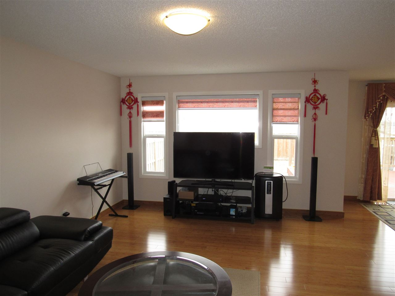 Photo 5: 7904 173 Avenue in Edmonton: Zone 28 House for sale : MLS(r) # E4058384