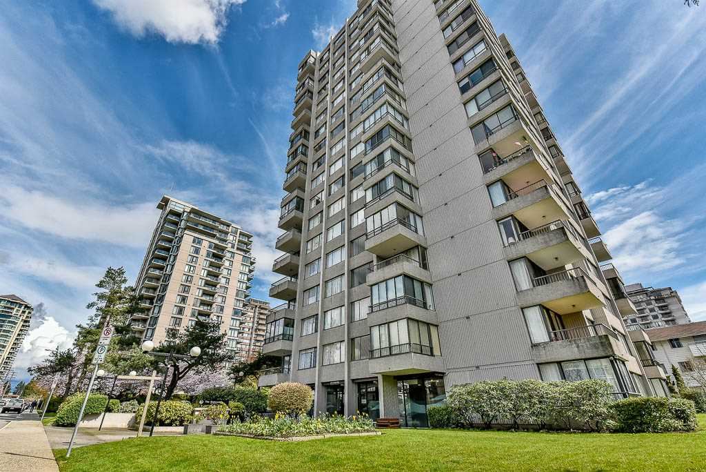 "Main Photo: 804 740 HAMILTON Street in New Westminster: Uptown NW Condo for sale in ""THE STATESMAN"" : MLS(r) # R2157031"