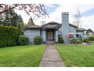 Main Photo: 16222 10A Avenue in Surrey: King George Corridor House for sale (South Surrey White Rock)  : MLS(r) # R2159597