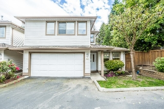 "Main Photo: 42 22280 124 Avenue in Maple Ridge: West Central Townhouse for sale in ""HILLSIDE TERRACE"" : MLS(r) # R2169547"