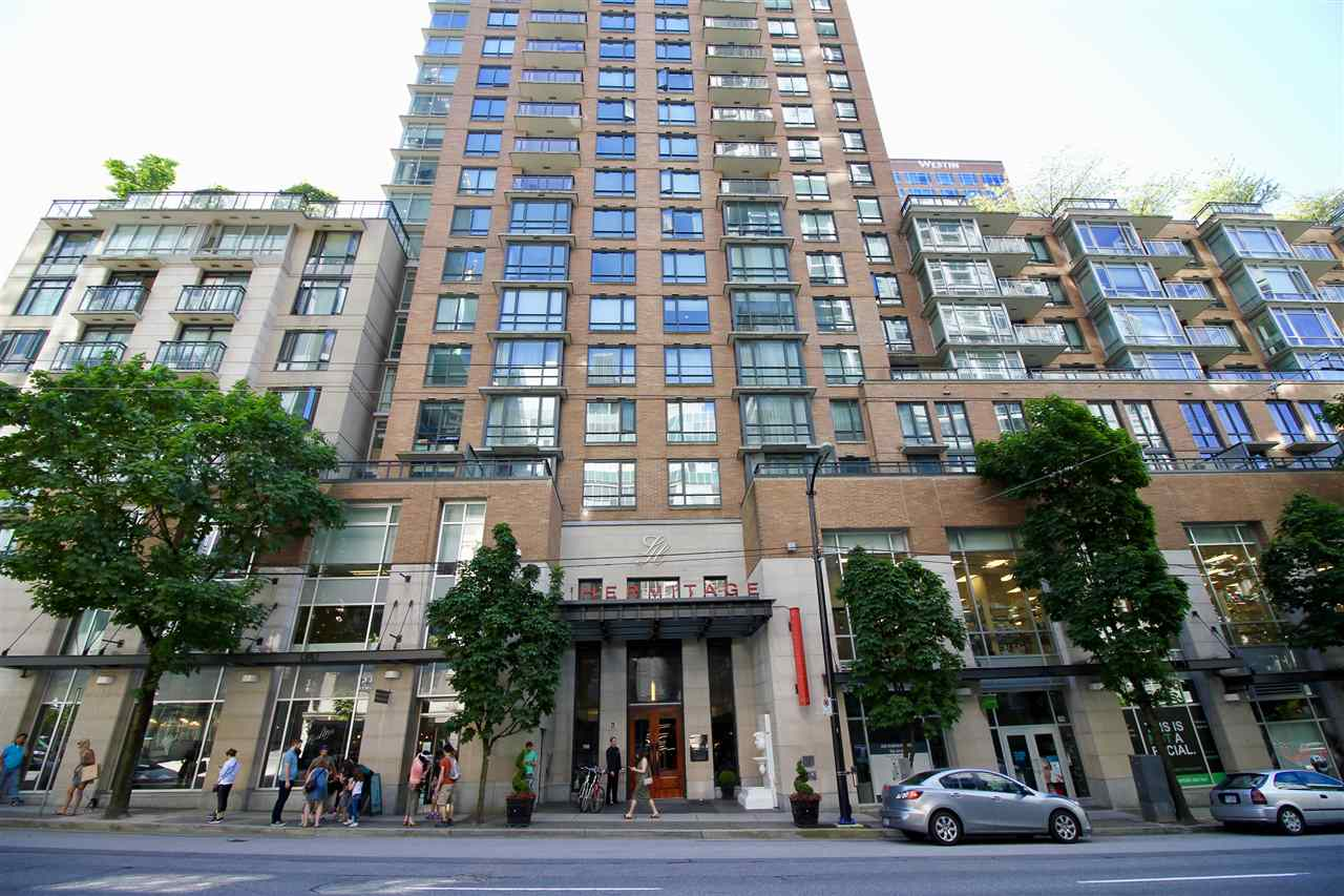 "Main Photo: 2005 788 RICHARDS Street in Vancouver: Downtown VW Condo for sale in ""L'HERMITAGE"" (Vancouver West)  : MLS(r) # R2174597"