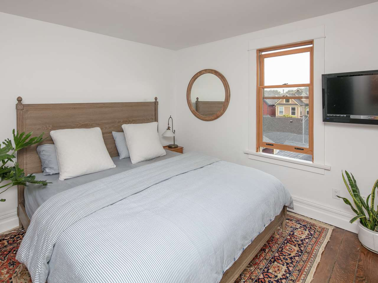 Photo 12: 880 KEEFER Street in Vancouver: Mount Pleasant VE House for sale (Vancouver East)  : MLS® # R2176389
