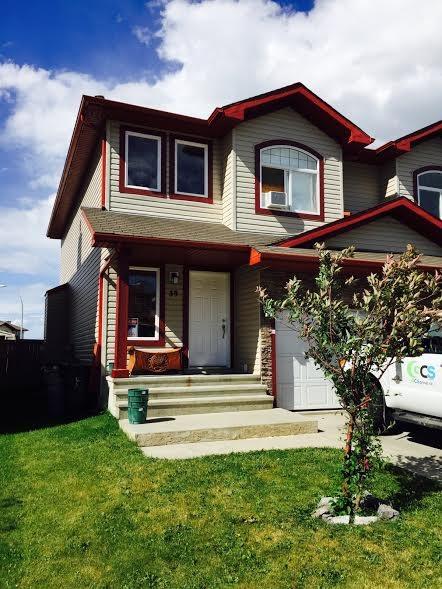Main Photo: 39 MERIDIAN Loop: Stony Plain House Half Duplex for sale : MLS(r) # E4070219