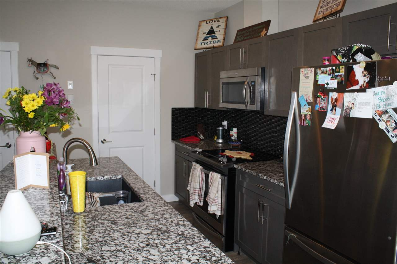 Photo 9: 1604 GRAYBRIAR Green: Stony Plain Townhouse for sale : MLS® # E4071409