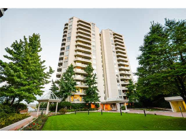 "Main Photo: 802 69 JAMIESON Court in New Westminster: Fraserview NW Condo for sale in ""Palace Quay"" : MLS® # R2186656"