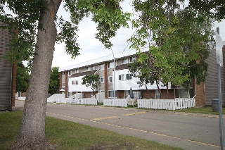 Main Photo: 612 2908 116A Avenue in Edmonton: Zone 23 Townhouse for sale : MLS(r) # E4074221