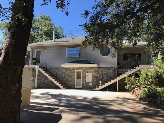 Main Photo: JULIAN Condo for rent : 1 bedrooms : 2718 Azalea St.