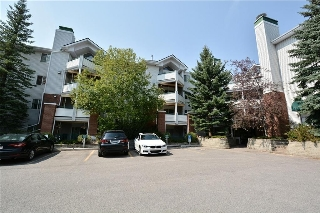 Main Photo: 417 10 Sierra Morena Mews SW in Calgary: Signal Hill Condo for sale : MLS® # C4133490