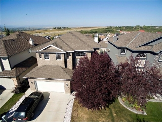 Main Photo: 463 ROCKY RIDGE Drive NW in Calgary: Rocky Ridge House for sale : MLS®# C4134350